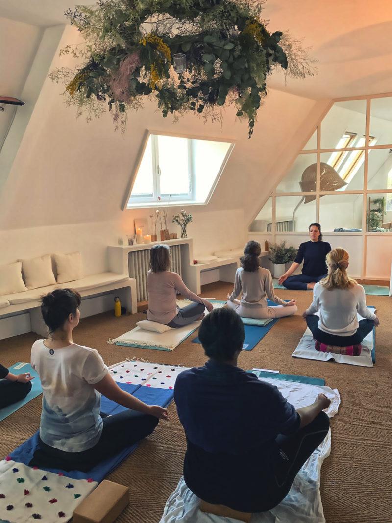 Vitesse de yoga datant