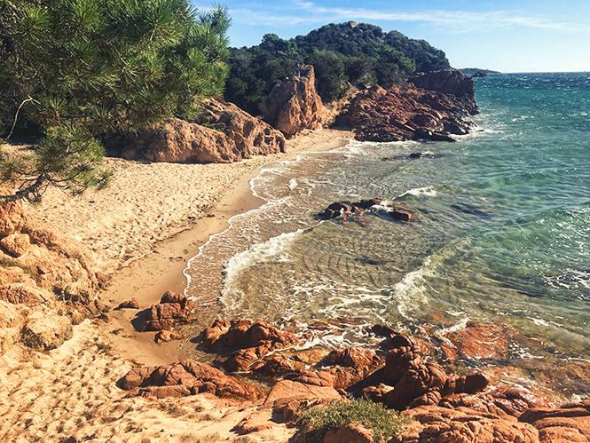 ... Cette Parenthèse Enchantée Organisée Par Le Site Les Merveilles à Lu0027Hôtel  La Plage Casadelmar Sur La Presquu0027île De San Benedettu Au Sud De La Corse.